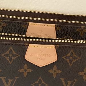 Louis Vuitton Bags - *RE LISTED* LOUIS VUITTON CROSS BODY ROSE GOLD